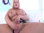 tranny gordinha se masturba